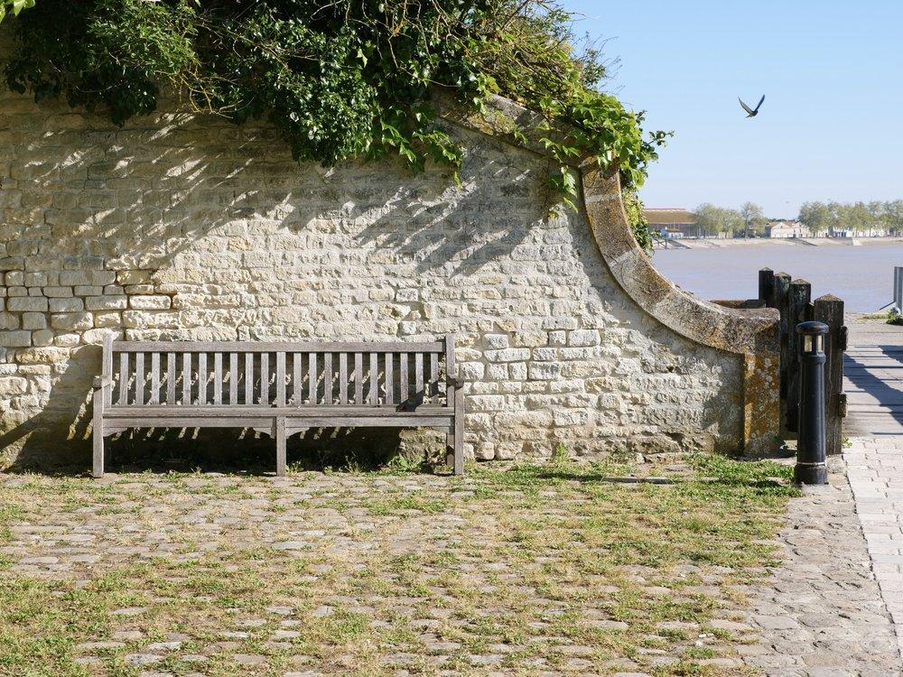 Pigeon bomb Rochefort, France