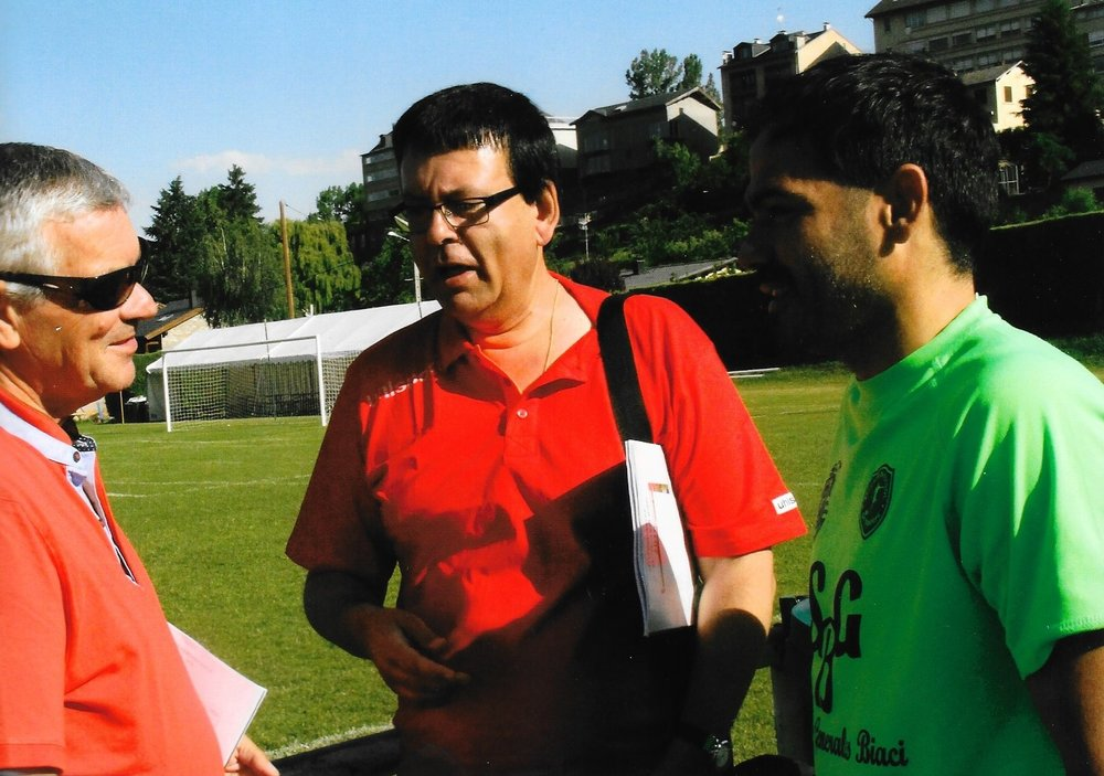 Episodes 1 -3. An Interview with Manuel Romero - Manuel Romero was head of scouting for Real Madrid in Catalonia, Spain. He has discovered and scouted hundreds of youth players who have reached professionalism in La Liga and other elite leagues. Some of the people he discovered include Kiko Casillas (Real Madrid), Dani Jarque (RCD Espanyol), Aleix Vidal (Barcelona FC), and Mariano Diaz (Olympique de Lyon). Romero talks about what he looks for in players, and what it takes to become an elite player. EPISODE 1-The Spanish Model: Why Are They So Good?! discussing the indicators that make Spain an ideal player development environment, s well as an elite league in all tiers at the senior level.EPISODE 2-ELITE SCOUTING: GOODWILL HUNTING  discussing the indicators elite scouts utilize to sign future stars. EPISODE 3-CERDANYA CUP: Summer Stage for talent discussing international event that serves as staging for players and a source for scouts.