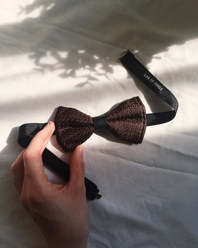 Need to boost your mood a little? Some chocolate always helps, or a chocolate coloured bow tie. Get it now and enjoy free shipping in EU and US! #labofkings #upcycled #contemporary #rebellious #ethicalfashion #sustainablefashion #ethicalmenswear #savetheplanet #selfconfidence #slowliving #preciousmoments #madeinlithuania #weddingbowtie #bowtie #bowties #changinglives #personalstyle #daretocreate #inspirational #etsyseller #creativelife #vilnius #lietuva #lithuania