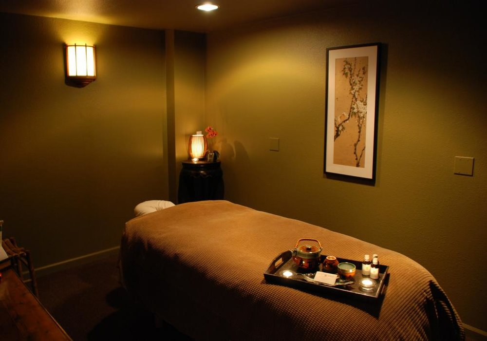 Massage Room_full.jpeg