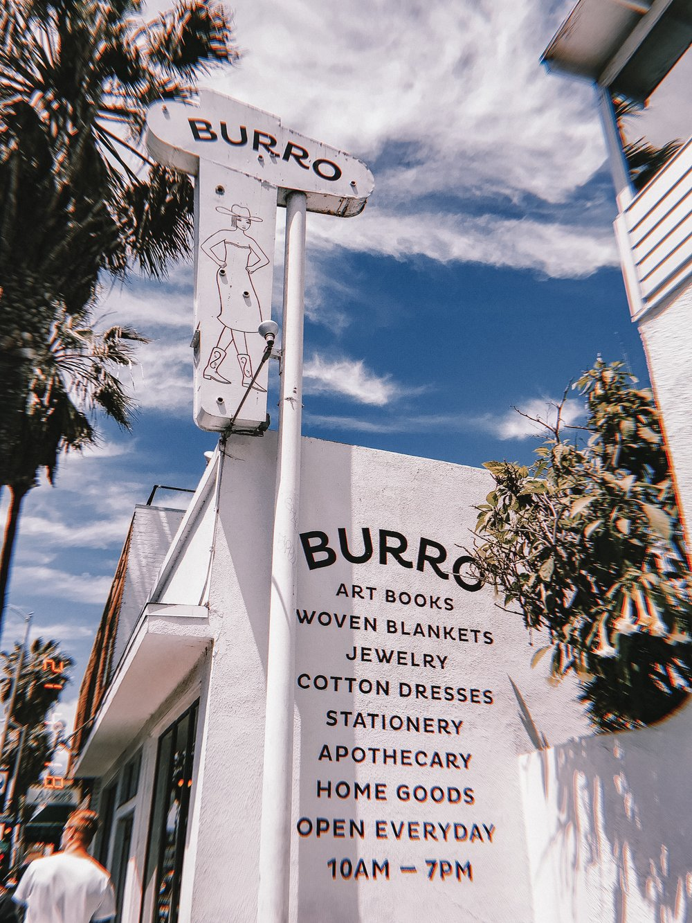 Visit Burro - My favourite store along the Abbot Kinney Boulevard. This has everything from books, homeware, beauty products, clothing to gifts! I spent way too much in there but picked up some candles, spicy margarita mix and a few gifts for my family.1409 Abbot Kinney Blvd., Venice, CA 90291