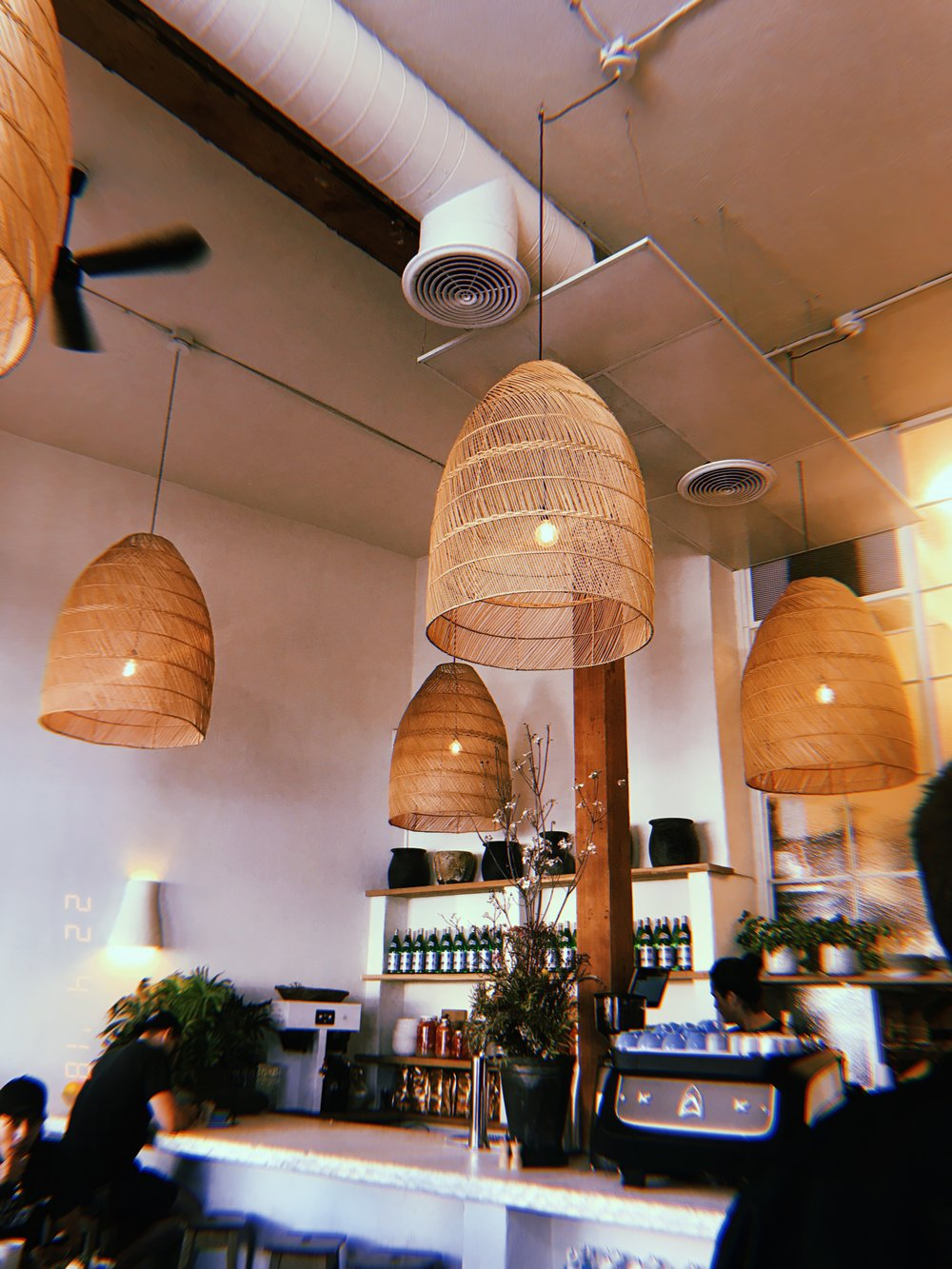 Grab a bite to eat at Great White - This cool neighbourhood cafe serves coastal california dishes & everything is delicious! A perfect spot to go for breakfast as well. Bare in mind that it does get a bit busy but the wait usually isn't that long!1604 Pacific Ave, Venice, CA 90291