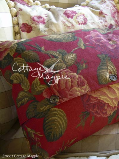 Christmas Pillow Giveaway, Day 4