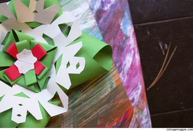 Homemade Christmas Wrapping Paper with Kids via Cottage Magpie