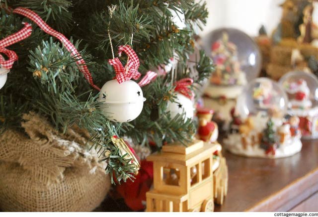 Christmas Mini Tree via Cottage Magpie