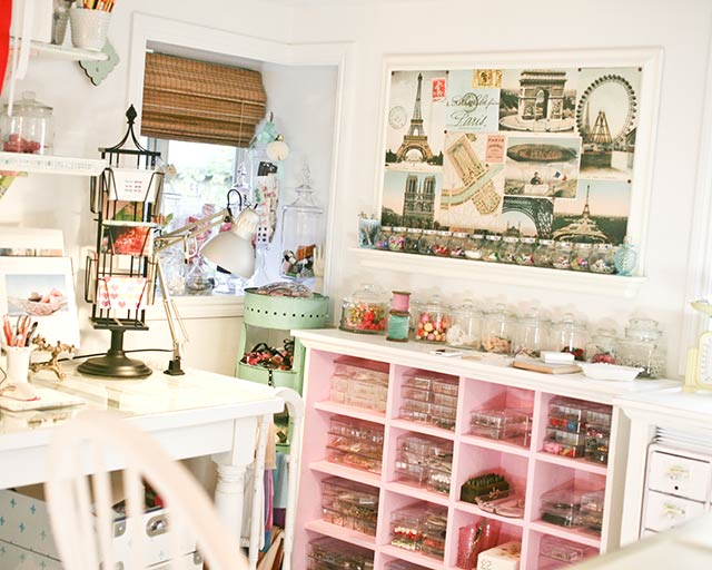 Pretty Pink Craft Room via flickr.com