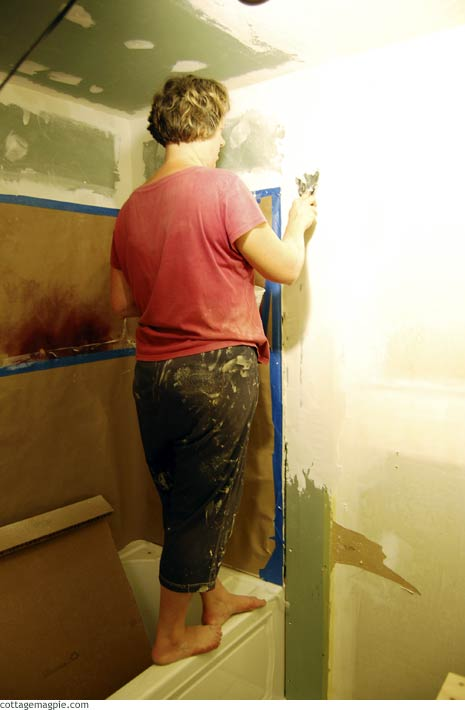 Mudding Guest Bathroom Walls