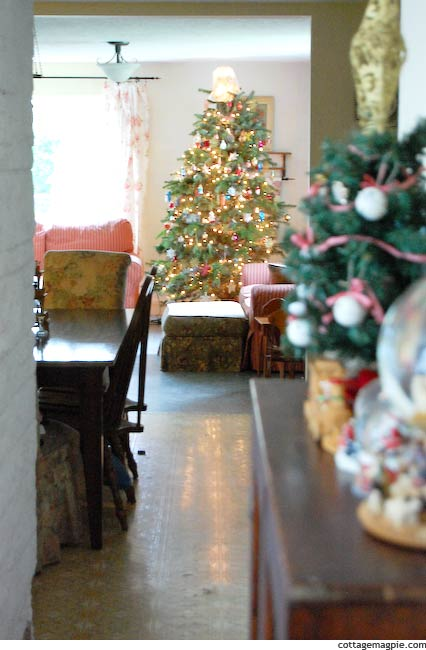 Holiday Home Tour via Cottage Magpie