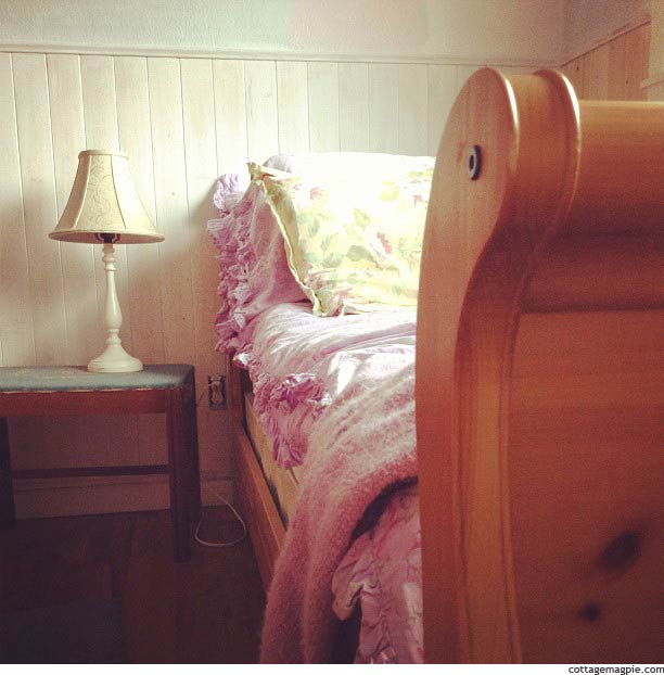 Twin Pine Sleigh Bed via Cottage Magpie