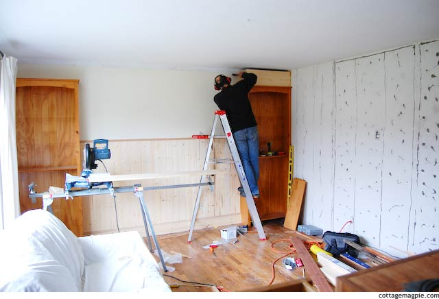 Carpentry in the Office via Cottage Magpie
