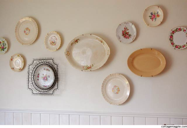 my-new-cottagey-plate-wall.jpg