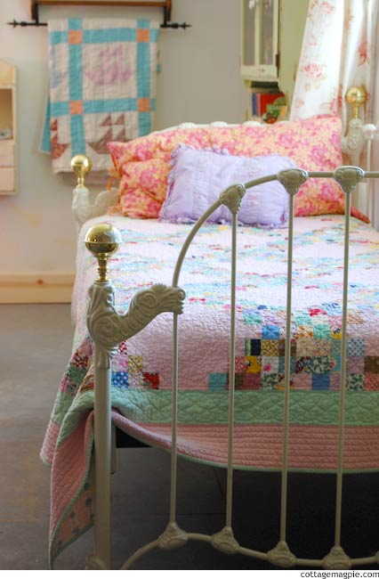 iron-daybed-for-the-family-room-5.jpg