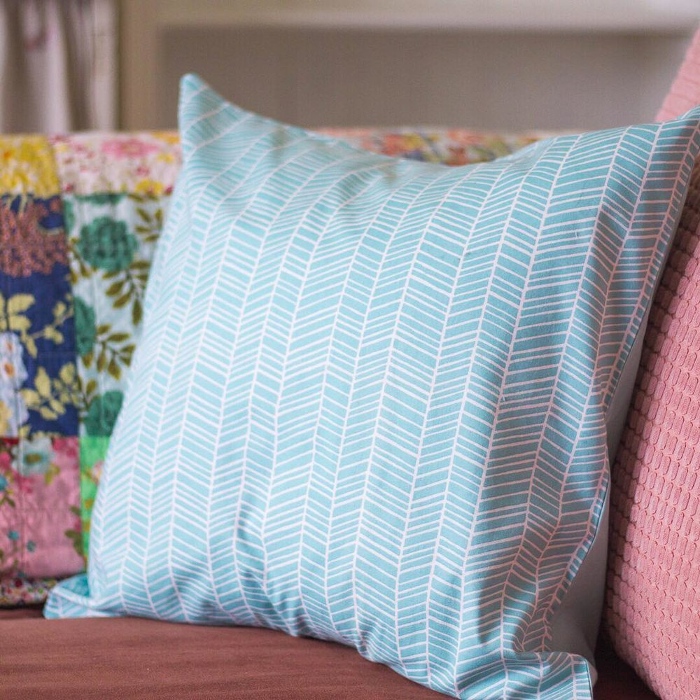 Aqua Envelope Pillow Cover - via www.cottagemagpie.com