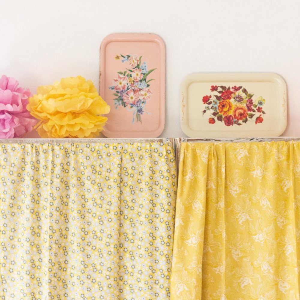 Tole Trays and Tissue Flowers - via www.cottagemagpie.com