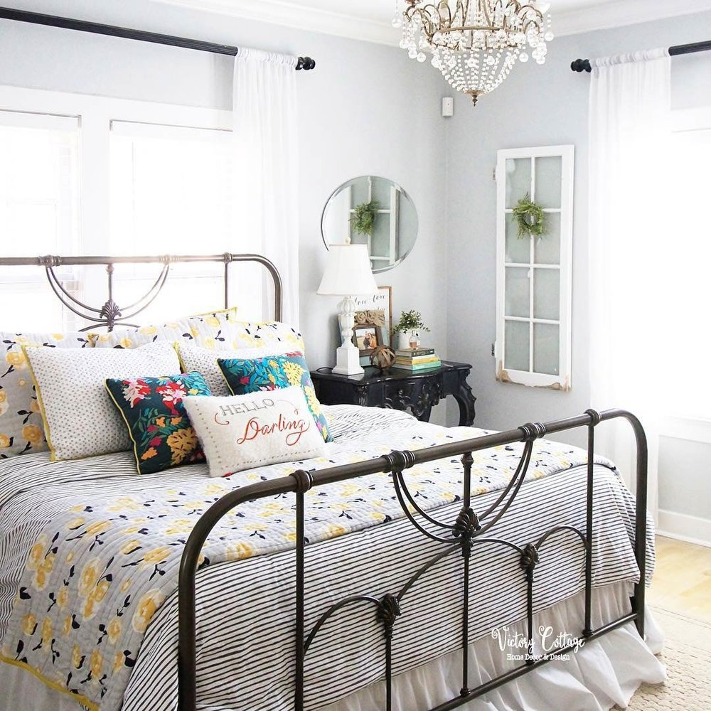 @victorycottage  - I absolutely fell in love with Kassie's pretty farmhouse room this week. that bed reminds me so much of my old one!!More from Kassie:Instagram