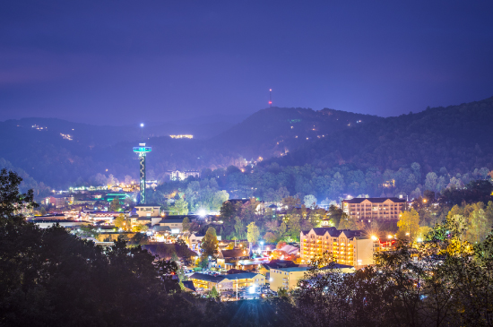 Gatlinburg-at-night.jpg