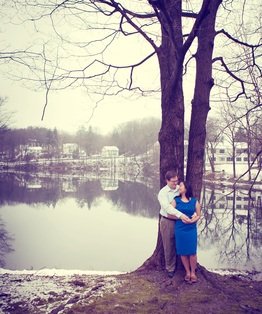 Engagement photos on a winter day in New Jersey