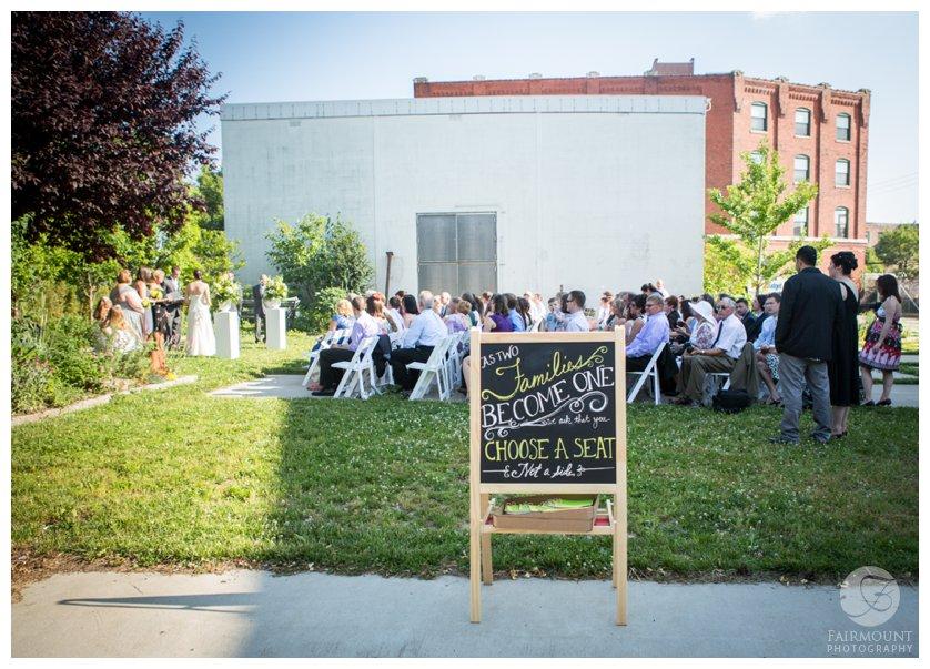 Outdoor wedding at Crane Arts in Northern Liberties