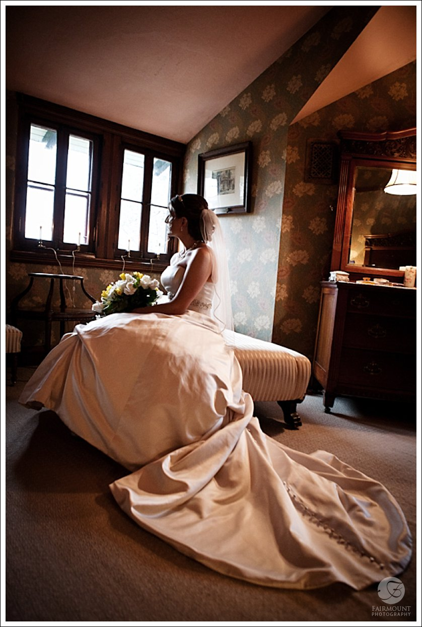 Bridal portrait in Victorian Knowlton Mansion, in Philadelphia, PA