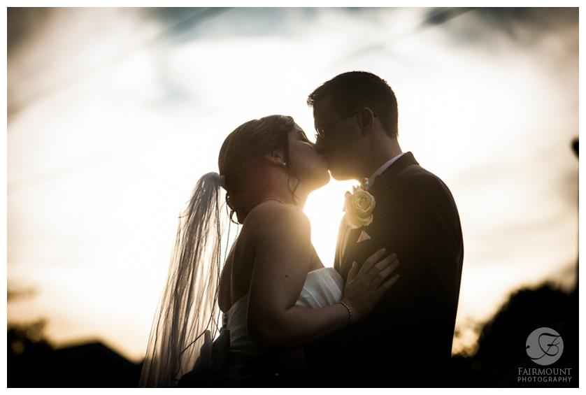 silhouette kiss behing Mendenhall Inn near Philadelphia, PA