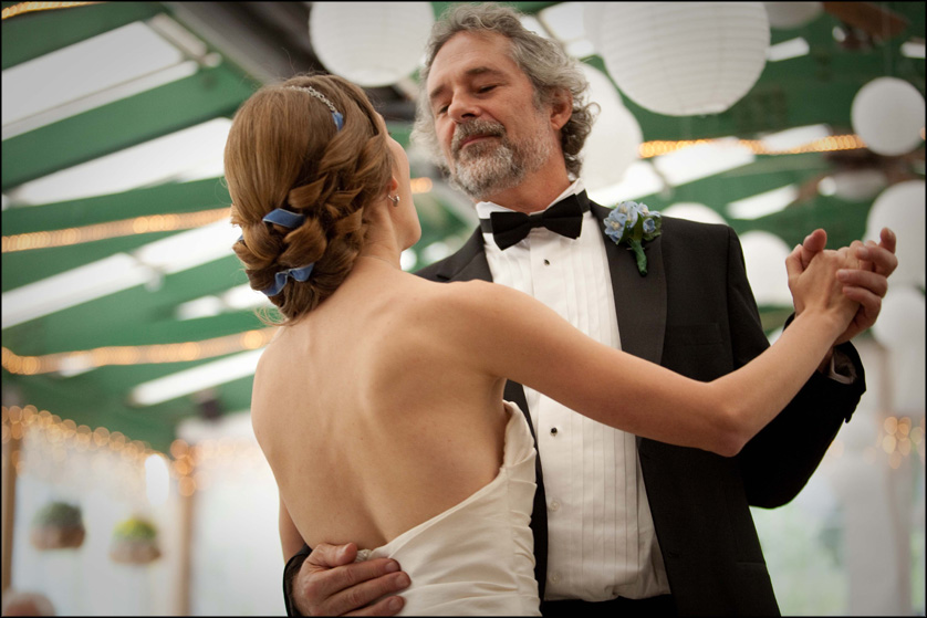 father of the bride dance with beautiful bride