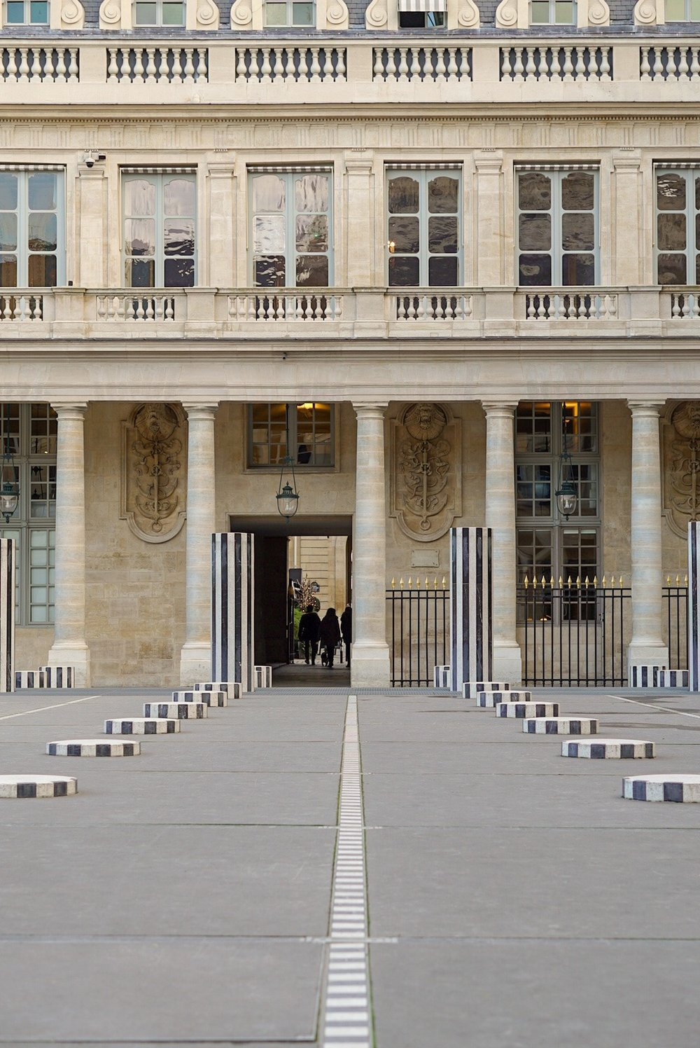 whitespace_and_wellness_48_hours_in_Paris_Palais_Royal