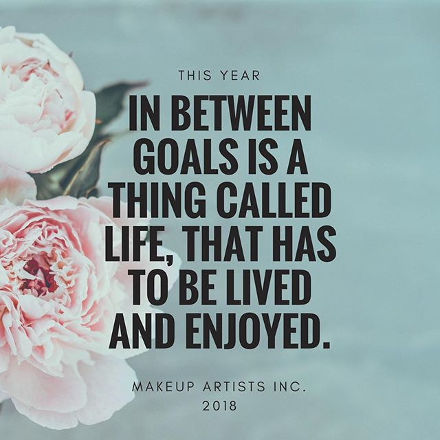 There has been such a focus on goal setting this January and now its the weekend. Time to spend with family and friends. Xx. #goals #makeupgoals #makeupprofessional #workingmakeupartist #makeuplife #makeupbook #makeupbusiness
