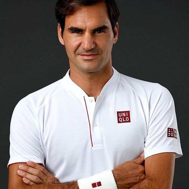 #Federer looking a little different in the whites #Uniqlo #NoSwoosh . . #PLYR #DareforGreatness #WeMe . #Teamwork #Sport #Athlete #Leadership #SportsPerformance