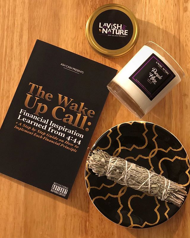 Happy Friday! Some cleaning, a little candle pouring + some reading.... A bit late but current read is The Wake Up Call: Financial Inspiration Learned from 4:44 ✨ by @iamashcash. Heard it's a good one!