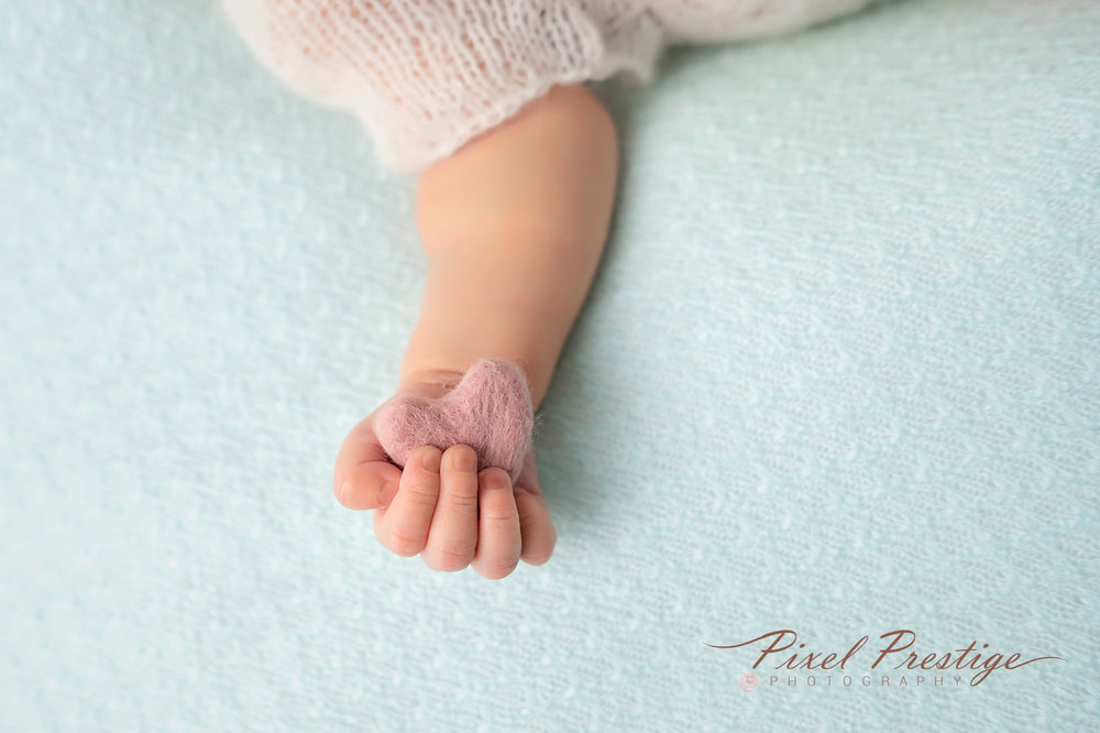 Everly newborn session (53).jpg