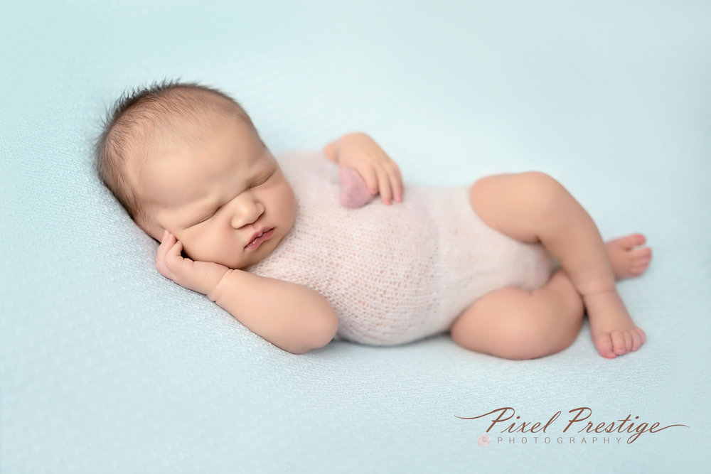 Everly newborn session (57).jpg