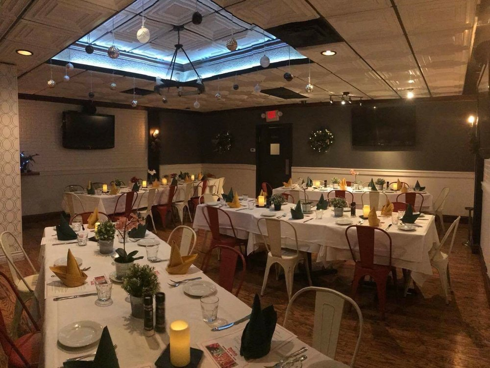 giorgios-private-dining5.jpg