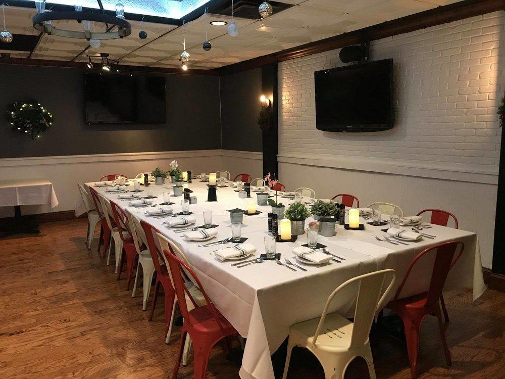 giorgios-private-dining2.jpg
