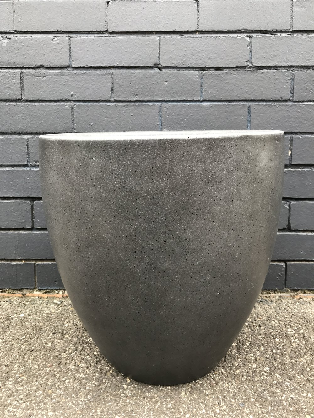 Light Weight Pot available in different sizes