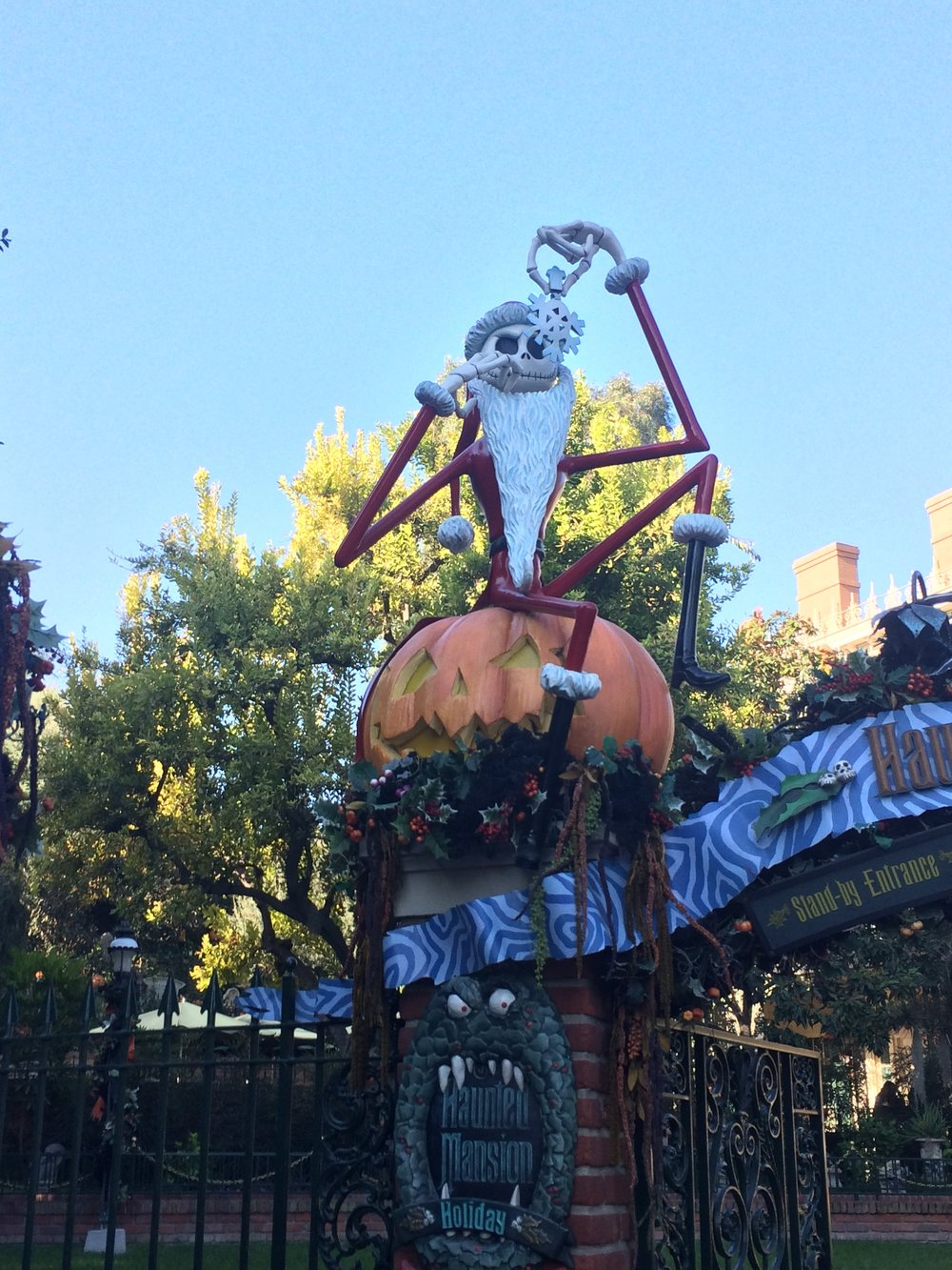 Haunted Mansion a la Nightmare Before Christmas