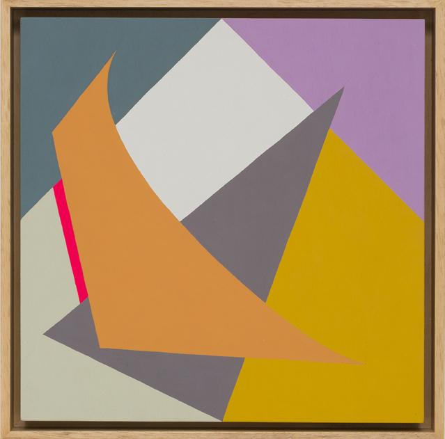 LOUISE TUCKWELL  O Arc Curve Triangle  2016 acrylic on board 30 × 30 cm