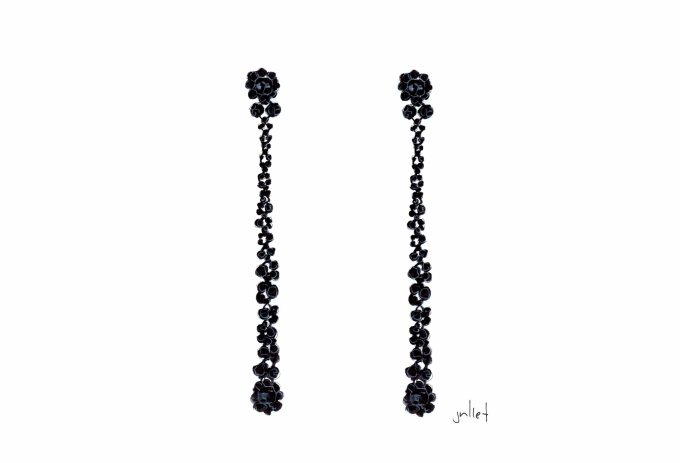 simone-rocha_black-drop-earrings.jpg