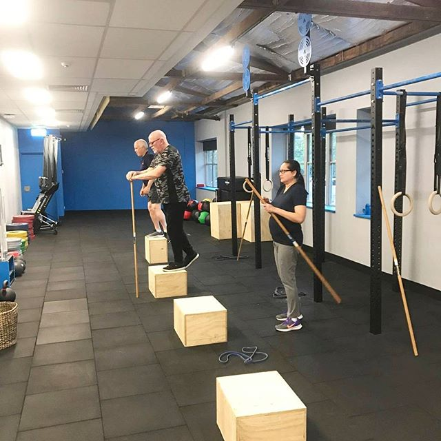 Functional Movement Therapy for post operative hip replacement and knee pain patients.  #hipreplacement#kneepain#functionaltraining#youngatheart#keepactive#movementtherapy#brisbane#ageisjustanumber#livefit#neurosurgeon#workout#reactivate#function#excercise#passion#healthy#lifestyle#fitnessmotivation#keepactive#live#life#movement#coaching#teamworkout#strength#goodform#preventinjury#healthylifestyle#liftwieghts#therapy