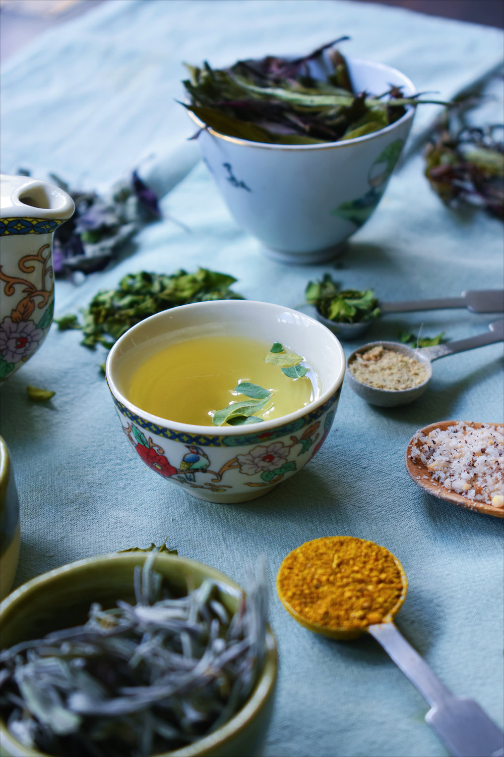 Herbal tea and spices
