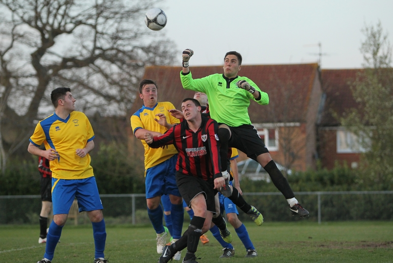 HorleyAFC_ChessingtonSports_230413_0058.JPG