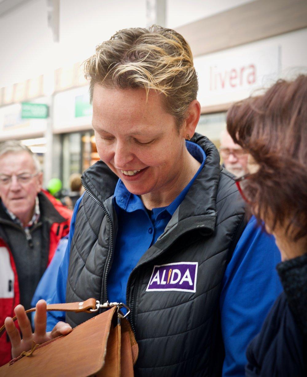 ALiDA Stoffeerder en Accessoires - Bedrijfsfotografie x STiP Fotografie