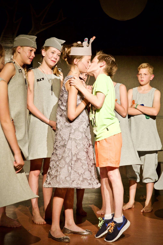 Het land van Niks Theaterbende Heiloo - Bedrijfsfotografie x STiP Fotografie