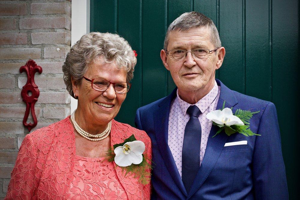 Voor het trouwen thuis - Bruidsfotografie x STiP Fotografie