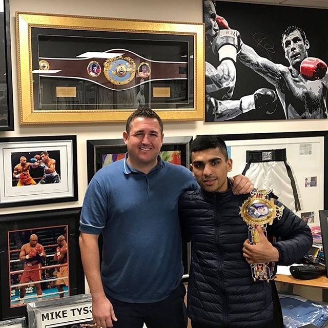 It's the day before the Battle of Britain and tomorrow our British Bantamweight Champion Kash Farooq returns to the ring at the Radisson Blu Hotel, Glasgow to defend his Title against unbeaten Englishman Kyle Williams.  If you are not attending you can tune in to 🏴 sky 115 BBC Scotland channel at 11pm to watch the fight.  #SASC #FarooqWilliams #boxing #bantamweight #BritishTitle