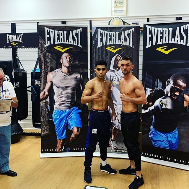 We have a FIGHT 🥊🥊 both Kash Farooq and Kyle Williams making the weight. You can tune in on BBC Scotland Channel from 11pm tomorrow 💥🥊 #SASC #bbcscotland #battleofbritain #britishboxing #bantamweight #titlefight #BattleofBritain