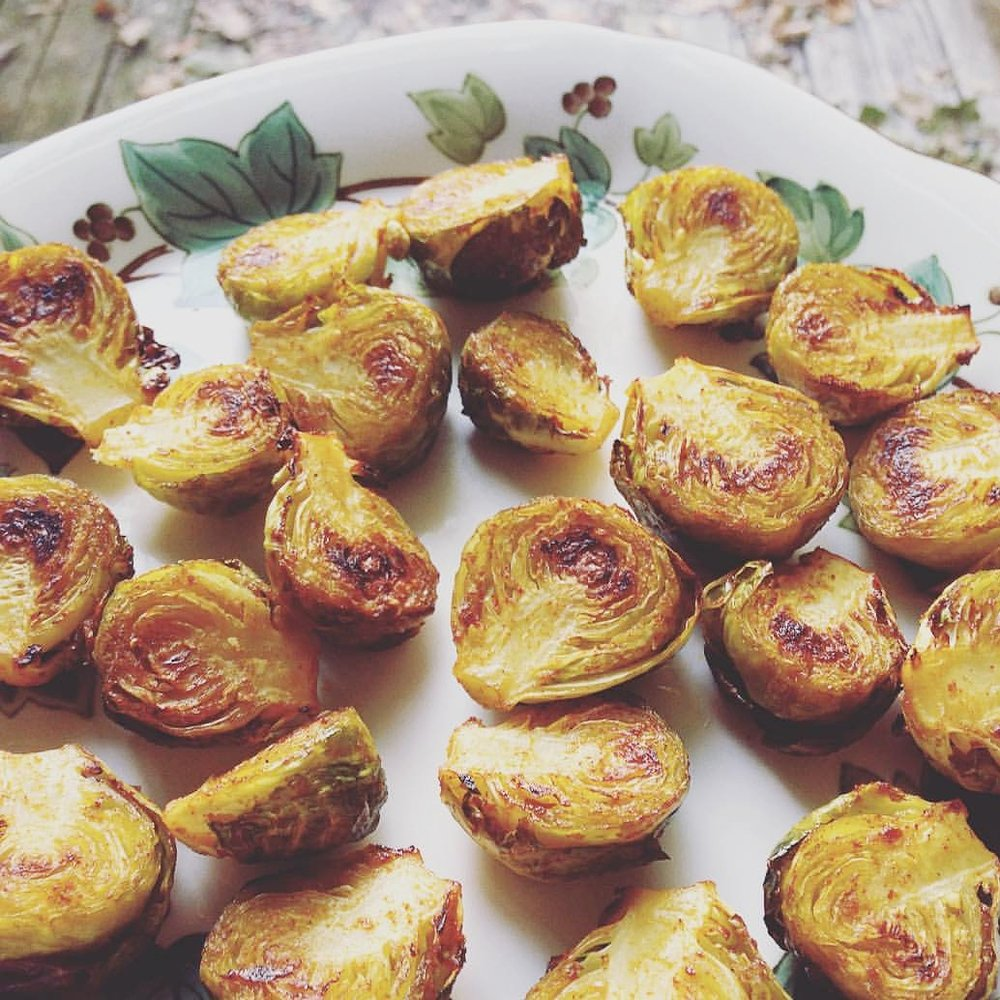ROASTED SPICED BRUSSEL SPROUTS.