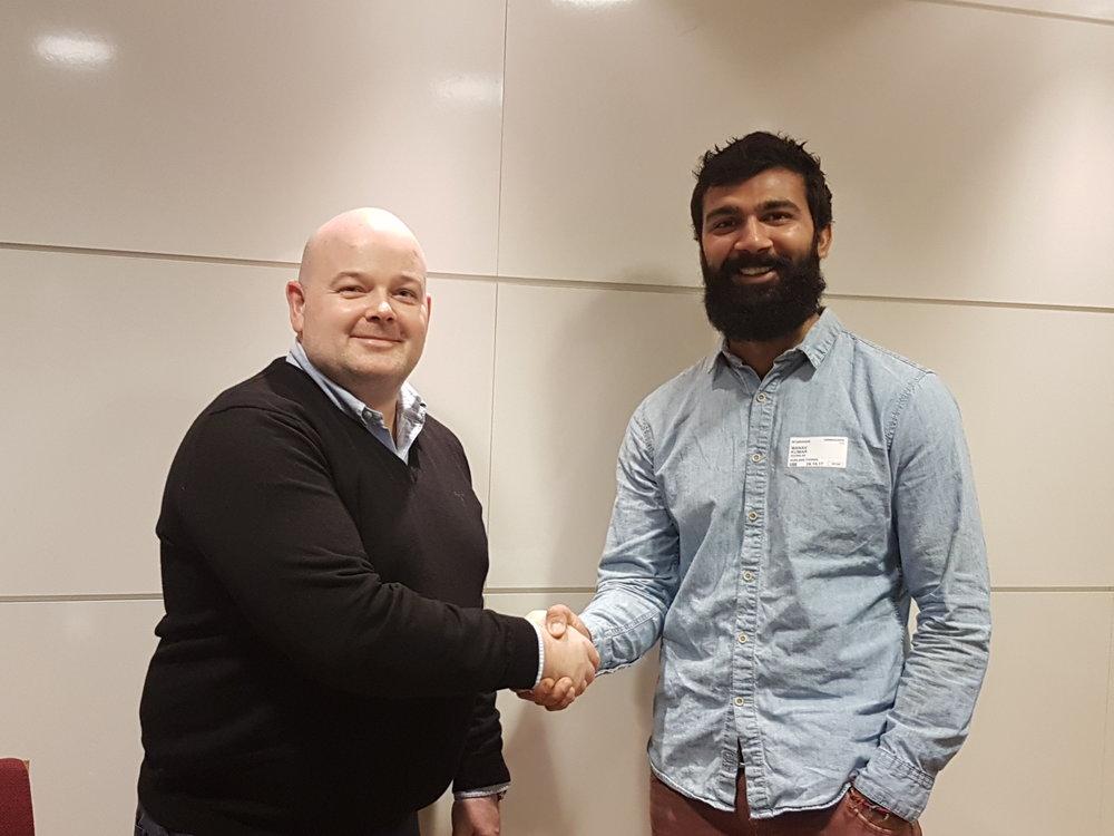 Thomas Norland, leder Kompetanseavdelingen (EBA) og Manav Rihel Kumar (Seema as)