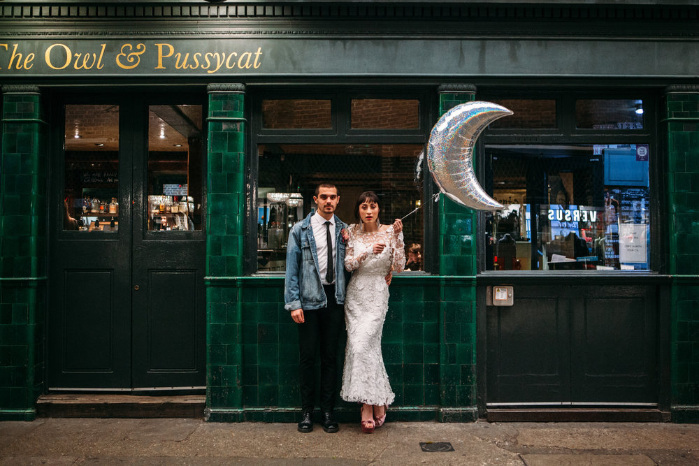 LOndon in love pink shoreditch shoot - I co-directed this stunning elopement shoot in Shoreditch, featured on The Un Wedding and Mr & Mrs Unique. Credit: Joanna Bongard Photography
