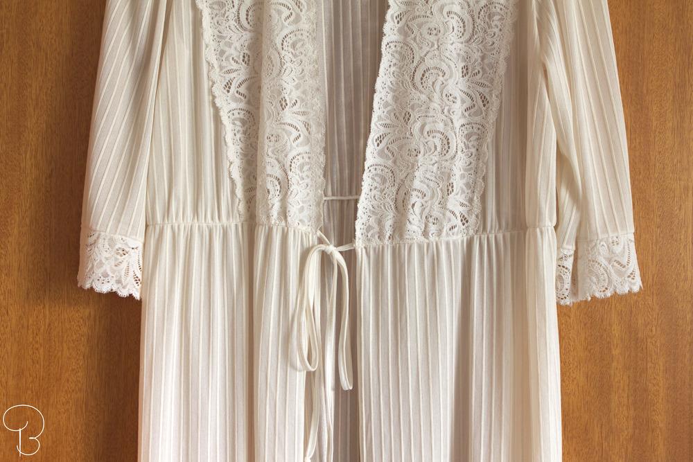 nightgown-morning-lace-vintage-reykjavik