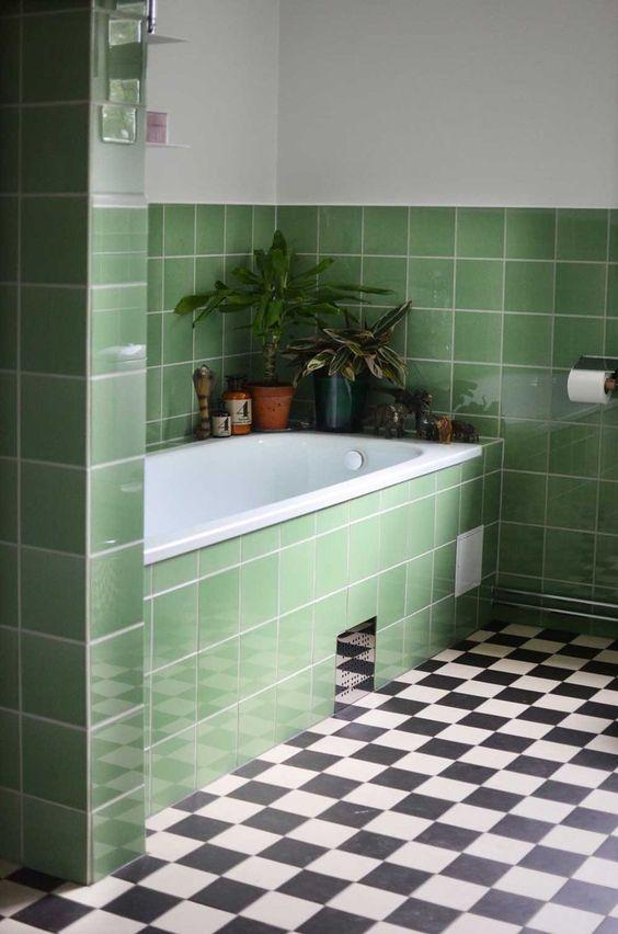 green-bathroom-greenbathroom-tiles-50s-color